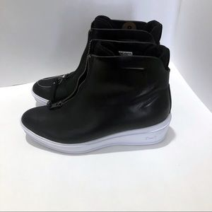 3dd5ce22236f Under Armour Ankle Boots   Booties for Women